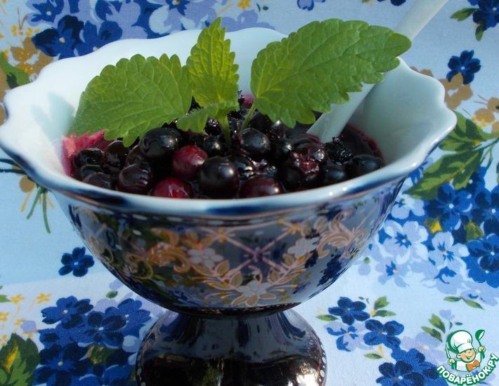 Рецепт: Варенье из ирги на черномородиновом соке