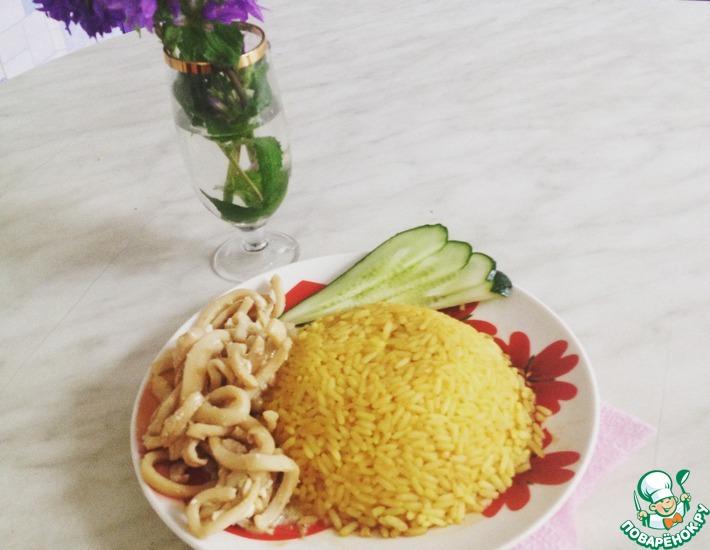 Рецепт: Тушеные кальмары с яйцом