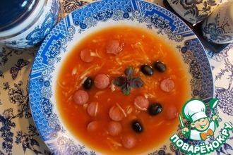 Рецепт: Томатный суп с копченостями