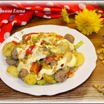 Теплый овощной салат с фрикадельками