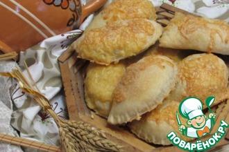 Рецепт: Слоеные пирожки с грибами и фаршем