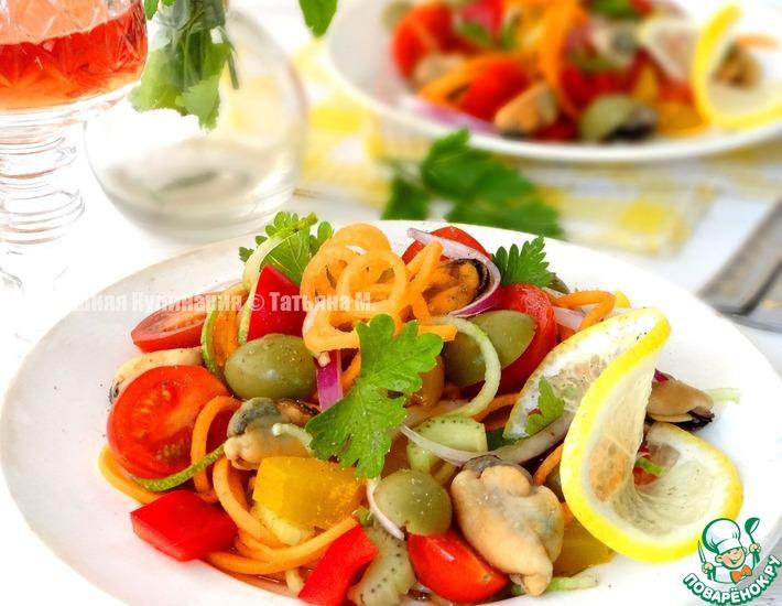 Рецепт: Салат из овощей с мидиями