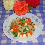 Салат с плавленным сыром и брокколи
