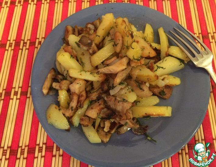 Рецепт: Жареные белые грузди с картофелем