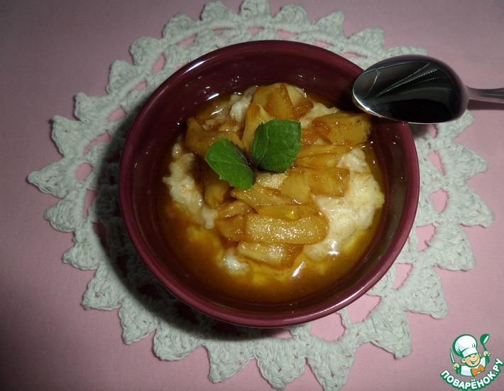 Рецепт: Каша овсяная с яблоком Любимая