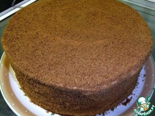 Шоколадный медовик с черносливом