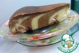 Рецепт: Творожная запеканка Зебра с яблоком и клубникой