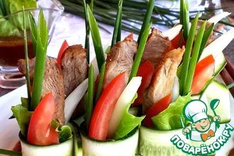 Рецепт: Овощной салат со свининой терияки