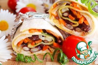 Рецепт: Буррито с куриным шашлыком, овощами и сыром