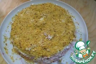 Рецепт: Морковный торт со смородиновым вареньем и сливками