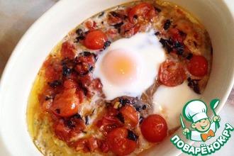 Рецепт: Запеченные яйца с томатами и базиликом