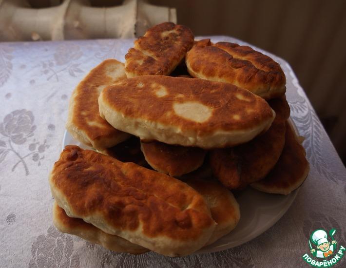 Рецепт: Жареные пирожки с картофелем