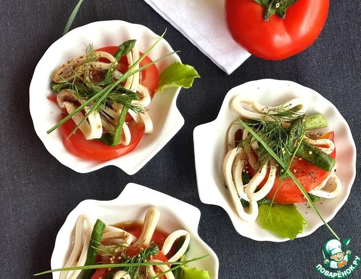 Рецепт: Сезонный салат с кальмарами