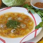 Гречневый суп с капустой и фрикадельками