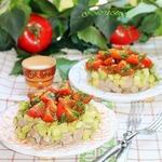 Мясной салат с кабачком и соусом Летний
