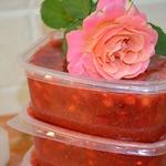 Заморозка сладкого соуса из ягод