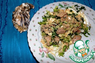 Рецепт: Салат из печени трески с огурцом