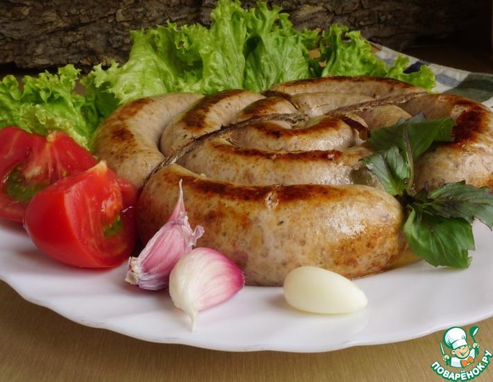 Рецепт: Сочная колбаса из индюшиного бедра