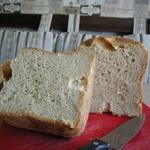 Простой хлеб в хлебопечке для начинающих