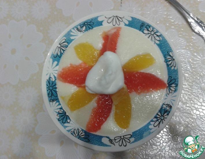 Рецепт: Сладкие снежки с манной кашей и фруктами