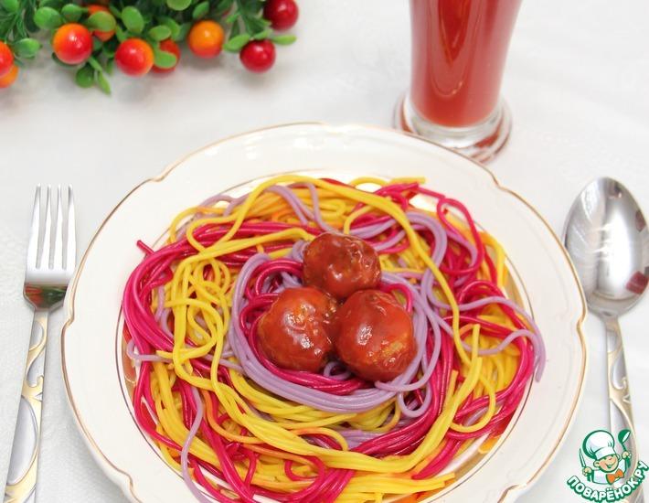 Рецепт: Праздничные спагетти с томатным соком