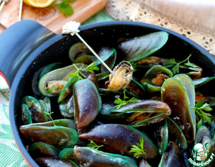 Рецепт: Мидии в сливочном соусе