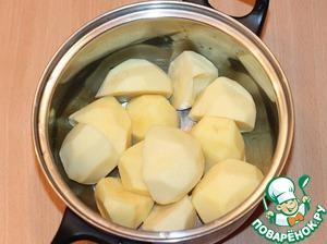 Potato peel and boil until soft.