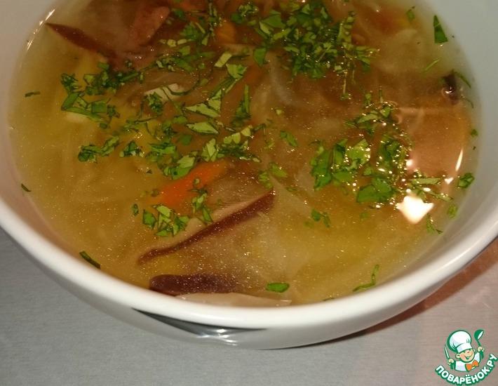 Рецепт: Суп из квашеной капусты и соленых грибов