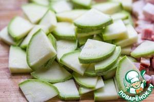 Squash or zucchini into thin triangles.