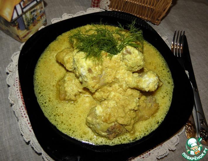 Рецепт: Курица в луково-молочном соусе