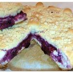 Дрожжевой пирог с черничным вареньем и штрейзелем