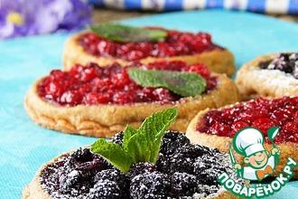Рецепт: Постное ржаное печенье с ягодами