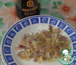 10 салатов с сухариками, которые вы будете готовить снова и снова - Лайфхакер