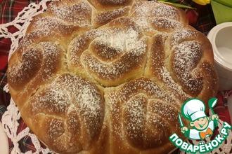 Рецепт: Постный карамельный булочный пирог Букет роз