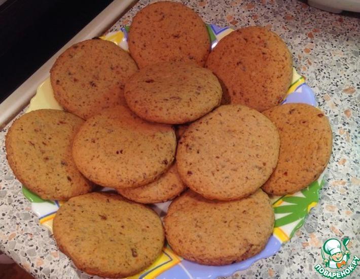 Рецепт: Овсяное печенье с изюмом