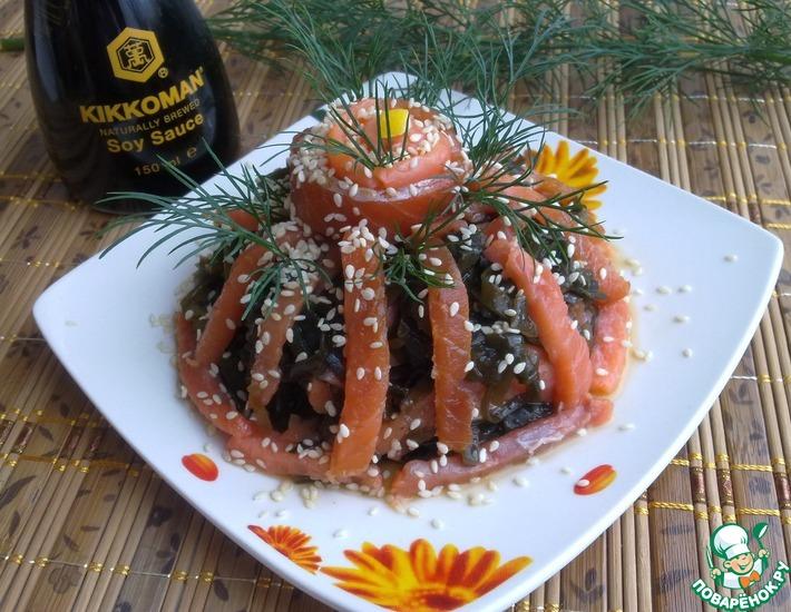 Рецепт: Закуска из морской капусты с форелью