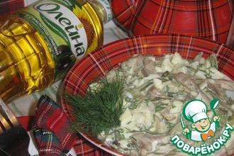 Рецепт: Салат со свиными ушками и горчичной заправкой