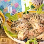 Курица в кефире с базиликом