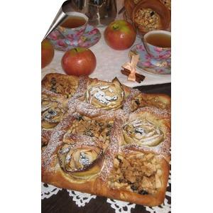 Дрожжевой яблочный пирог Файв'о'клок