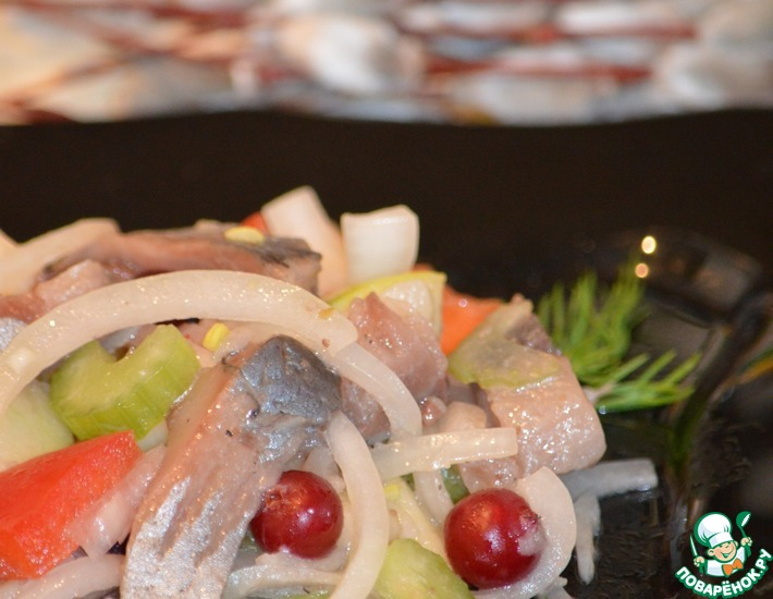 Рецепт: Весенний салат с сельдью