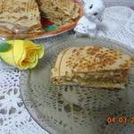 Блинный пирог с яблоками и корицей