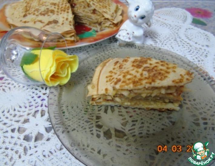 Рецепт: Блинный пирог с яблоками и корицей