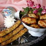 Мадленки с ананасом и палочки с луком