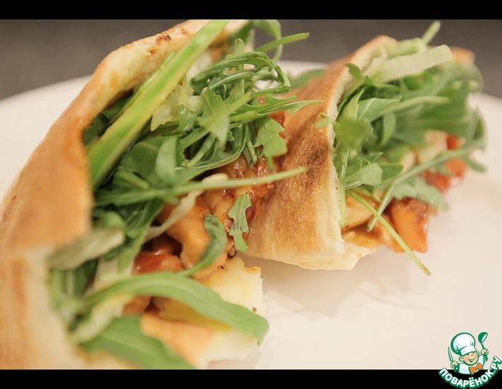 Рецепт: Необыкновенно вкусный сэндвич с курицей