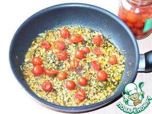 Then put the tomatoes without the marinade - preferably without skins.