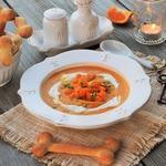 Тыквенно-мандариновый суп с хлебными косточками