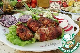 Рецепт: Куриное филе с сыром дорблю и беконом