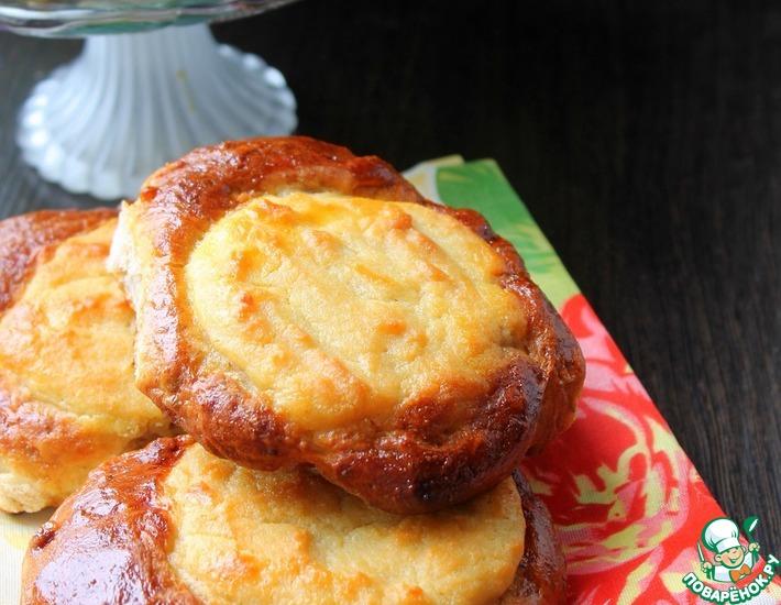 Рецепт: Ватрушки с творогом на ореховом тесте