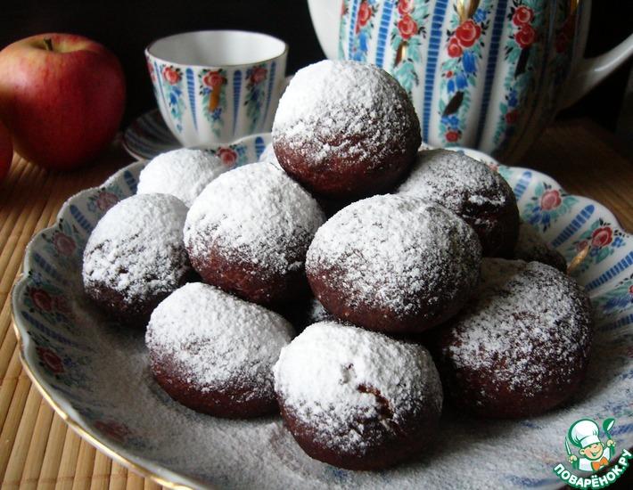 Рецепт: Пончики творожные с яблоком