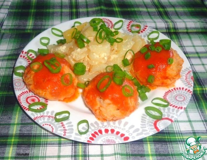 Рецепт: Рыбно-рисовые тефтели Ёжики в томате